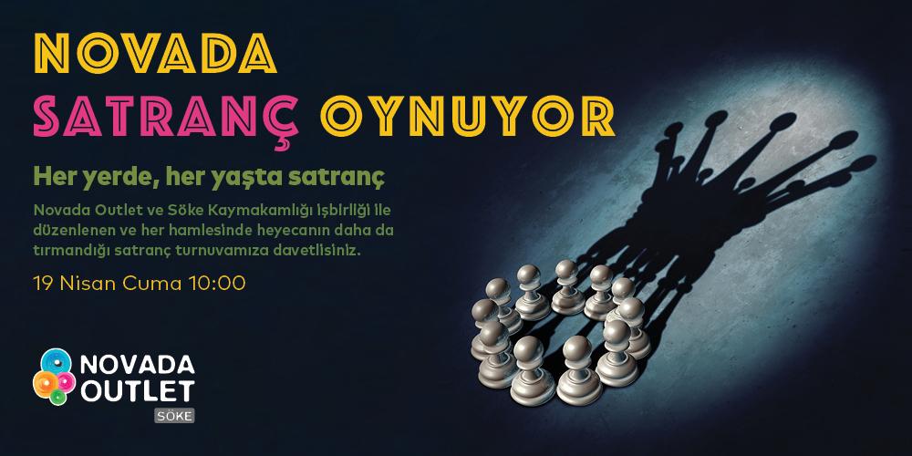 Novada Satranç Oynuyor